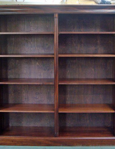 Bookcase in mahogany