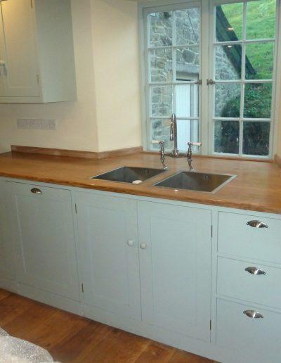 Oak-topped kitchen unit